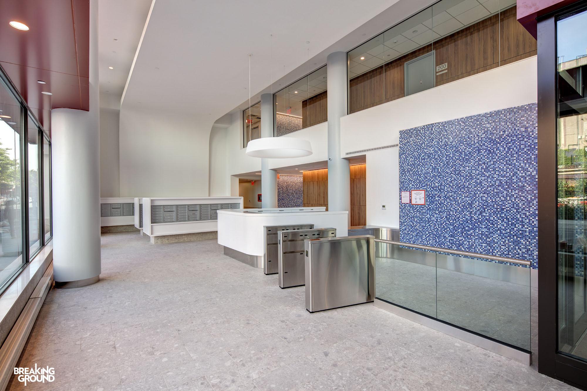 Bg La Central Lobby